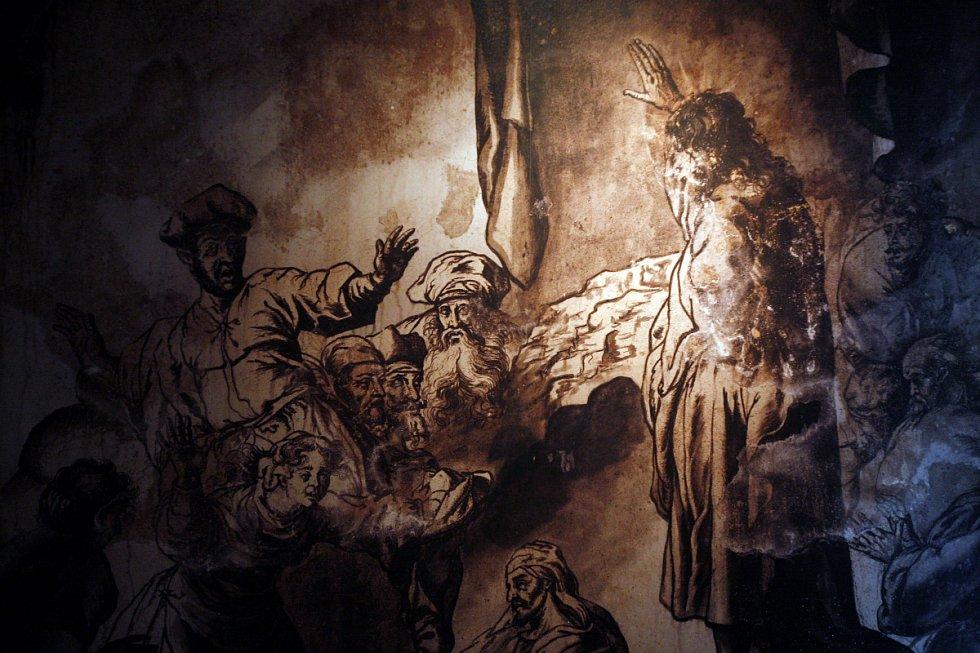 Na pražské Loretě byla 4. května zahájena výstava Ars moriendi – Loretánské krypty, která ukazuje unikátní výzdobu tamní krypty pod kostelem Narození Páně formou modelu krypty.
