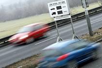 ZA JAK DLOUHO NA BARRANDOV? Řidiči se dozvědí dobu jízdy, zatím na třech vytížených úsecích.
