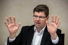 Předseda TOP 09 Jiří Pospíšil poskytl 28. května v Praze rozhovor Deníku.