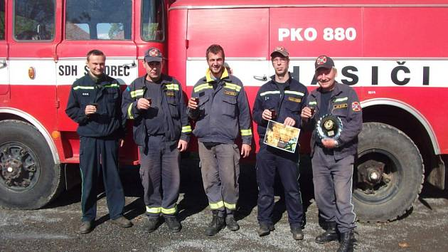 Dobrovolní hasiči ze středočeského Škvorce se také přihlásili do soutěže Dobráci roku.
