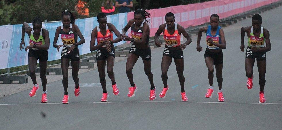 Na Letné se uskutečnil elitní půlmaraton.