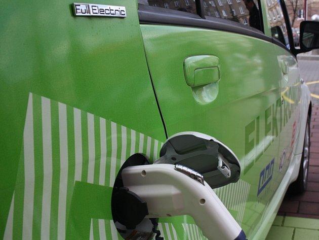 Elektromobil. Praha
