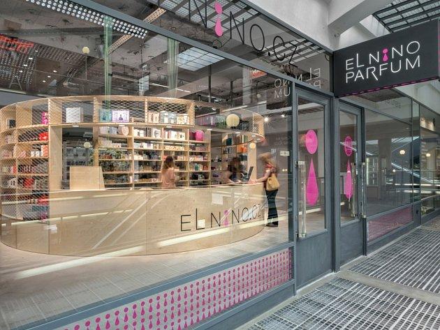 Oblíbená a pravidelně oceňovaná parfumerie Elnino.cz otevřela v Praze Na Příkopech v pasáži Černá Růže svou druhou prodejnu.