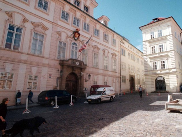 Velvyslanectví USA v Praze.