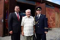 Slavnostní poklep na základní kámen zahájil výstavbu nové hasičské stanice v pražských Holešovicích.