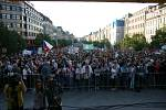 Demonstrace na Václavském náměstí proti A. Babišovi a M. Zemanovi.