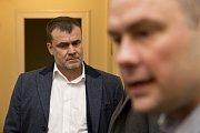 Obžalovaný Michal Urbánek (vlevo)