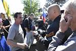 Ruští motorkáři z klubu Noční vlci uctili v Praze sovětské vojáky. Jaroslav Foldyna se hádal s protestujícími.
