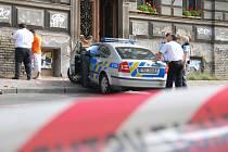 Smrtí chodce skončila dopravní nehoda, která se stala ve Vítězné ulici na pražském Újezdu