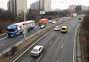 Hluk a kamiony ve Spořilovské ulici.