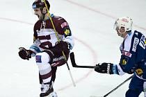 Hokejový útočník Lukáš Cingel z pražské Sparty se radoval z gólu proti Brnu.