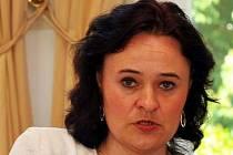 Zora Dušková vede Dětské krizové centrum už šestnáct let, počty kontaktů na lince důvěry rok od roku rostou.