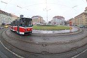 Tramvajová trať v Podbabě.