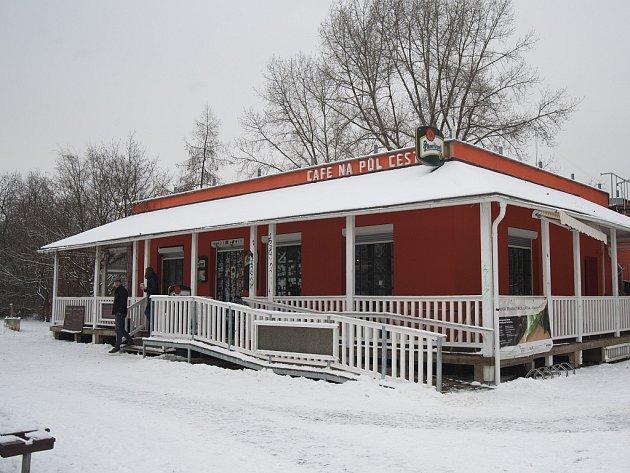 Café Na Půl Cesty.