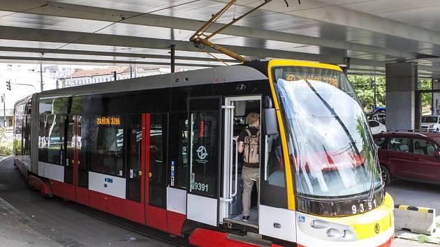 Křest nové tramvaje 15T pojmenované po Františku Křižíkovi