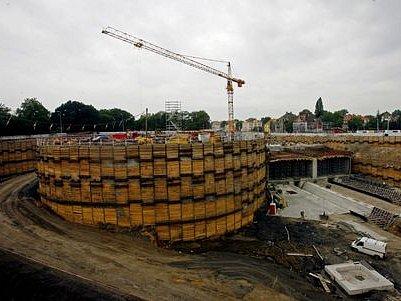 BUMBRLÍČEK JMĚNEM BLANKA. Celý komplex vyžaduje obrovské investice, které chybějí na jiné dopravní projekty v Praze.