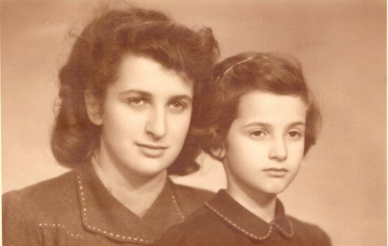 Vlasta a Elly Baranovy, rok 1942.