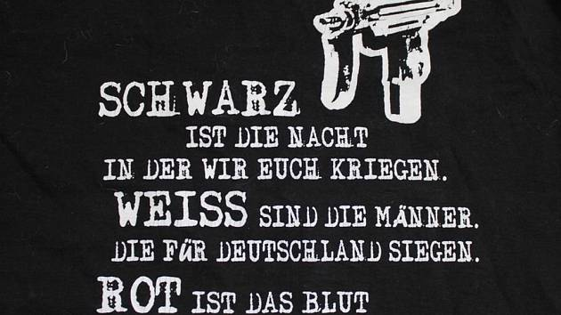 Policie rozbila buňku neonacistické organizace Wotan Jugend.