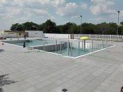 Zrekonstruovaný bazén Pražačka je o osm metrů menší