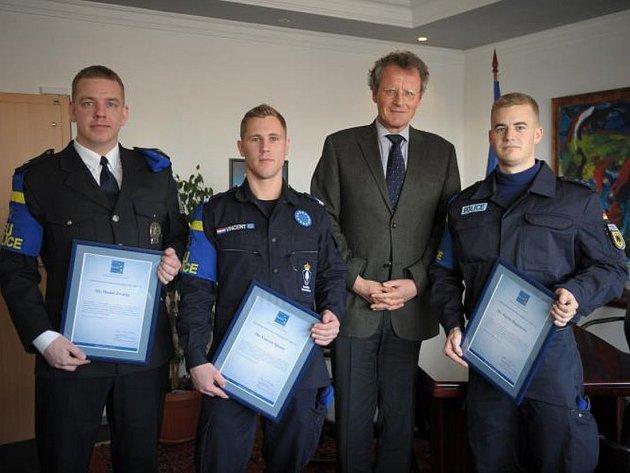 Ocenění policisté z mise EULEX
