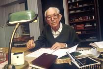 MUDr. Josef Švejcar, DrSc, český pediatr.