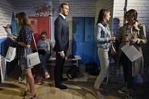 Novináři čekají na začátek tiskové konference uspořádané 11. července 2019 v Praze k otevření muzea voskových figurín Madame Tussauds Prague. Druhá zleva je figurína anglického fotbalista Davida Beckhama