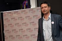 Petr Štěpánek komentoval průběžné výsledky komunálních voleb 11. října v Praze ve volebním štábu Trojkoalice Zelení, KDU-ČSL a Starostové.