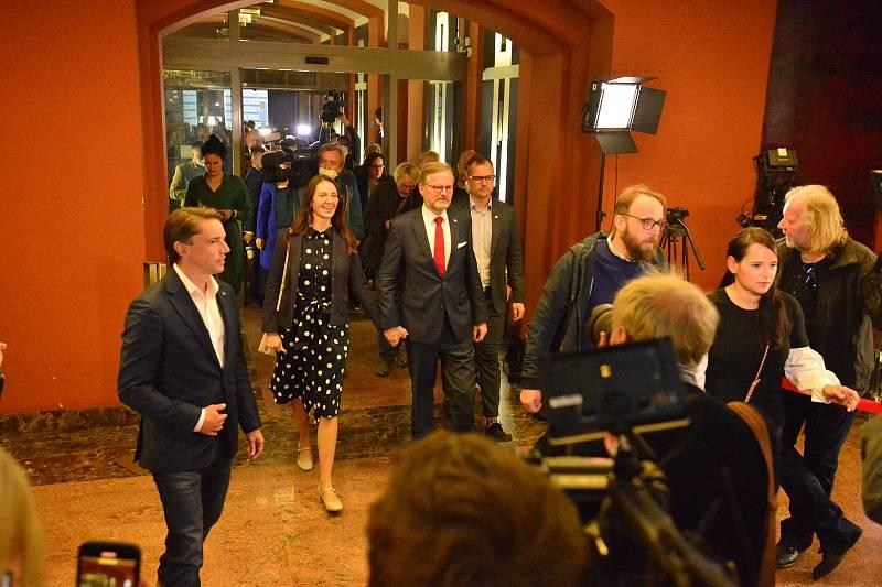 Volební štáb vítězů voleb koalice Spolu v hotelu v centru Prahy.