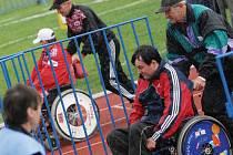 Ve sportu už své místo mají. Složitěji hledají lidé s handicapem zařazení do společnosti a zaměstnání.