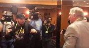 Deník strávil 22. listopadu celý den s kandidátem na prezidenta Markem Hilšerem a jeho manželkou Monikou.