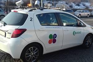 Speciální vůz firmy Eltodo monitoruje parkování v ulicích Prahy.