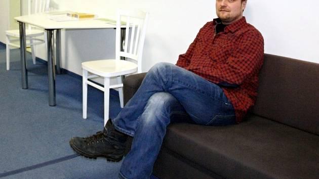 Vladislav Günter vede centrum, které pomáhá nejen cizincům v Praze, ale i ve středních Čechách. Například v Kolíně, Mladé Boleslavi nebo Kladně.