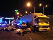 Nehoda dodávky a kamionu na Jižní spojce.