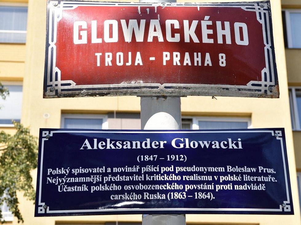 Ulicemi osmičky je nový projekt libeňské radnice, který vysvětluje lidem původ názvu ulic na území městské části.