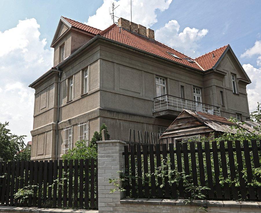 Vila v Bošické  ulici č. 1934 se prodala za 41 500 000,- Kč.