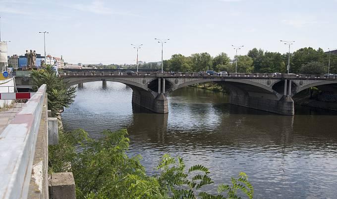 Opravy pražských mostů, Hlávkův most, 15.8.2017