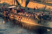 Oblíbená loď Avoid Floating Gallery.