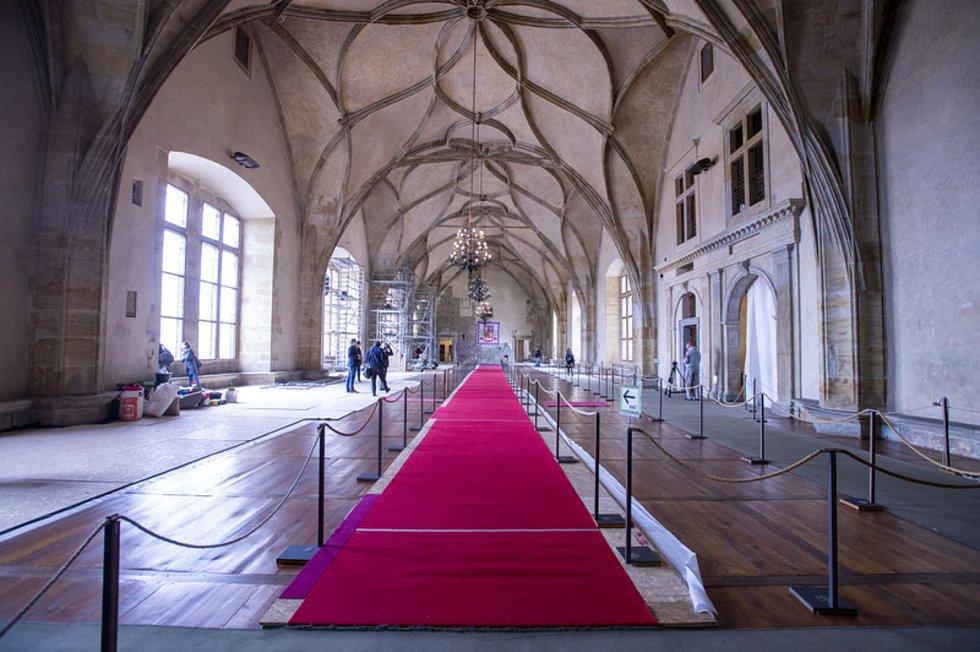 Rekonstrukce Vladislavského sálu - Na Pražském hradě pokračovala 5. října 2020 rekonstrukce Vladislavského sálu. Opravují se při ní především stěny a okna, práce by měly trvat až do konce roku 2020.