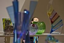 Výstava Příběh křišťálu Moser, která se koná ke 160. výročí založení sklárny Moser.