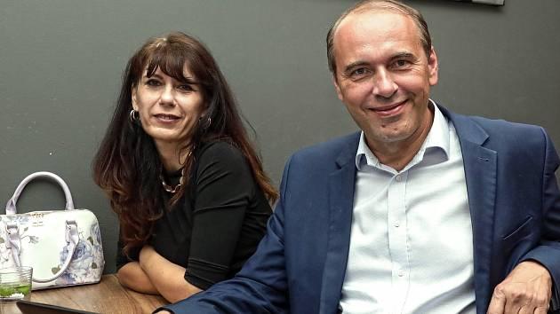 Pirátský volební štáb kandidátů do Senátu.  Libor Michálek.