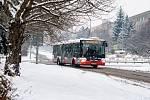 Sněhová kalamita komplikuje 8. února 2021 dopravu v Praze a okolí.