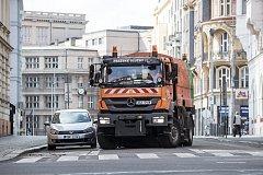 Blokové jarní čištění ulic.