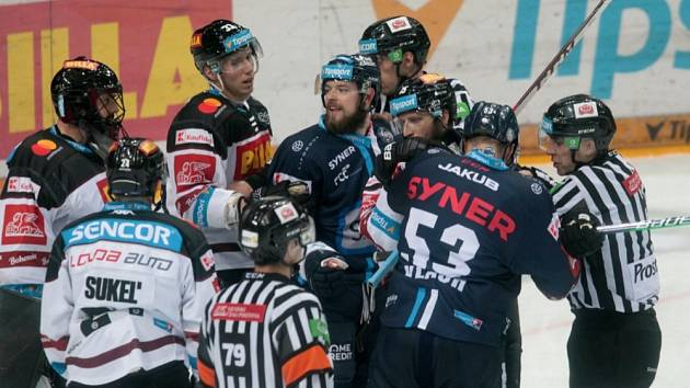 Sparta v úvodním utkání roku 2021 podlehla na domácím ledě Liberci 1:3.