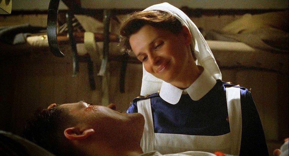 Strahovské autokino promítá v neděli film Anglický pacient.