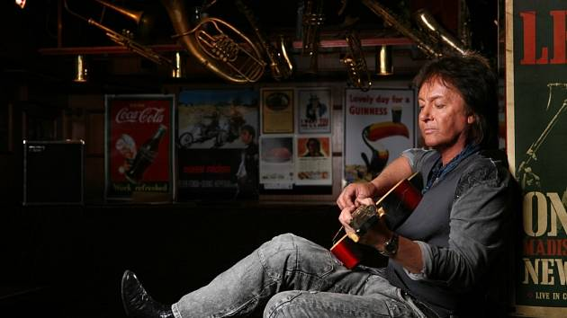 Chris Norman.