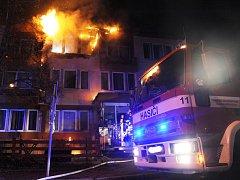 Požár hotelu v Praze.