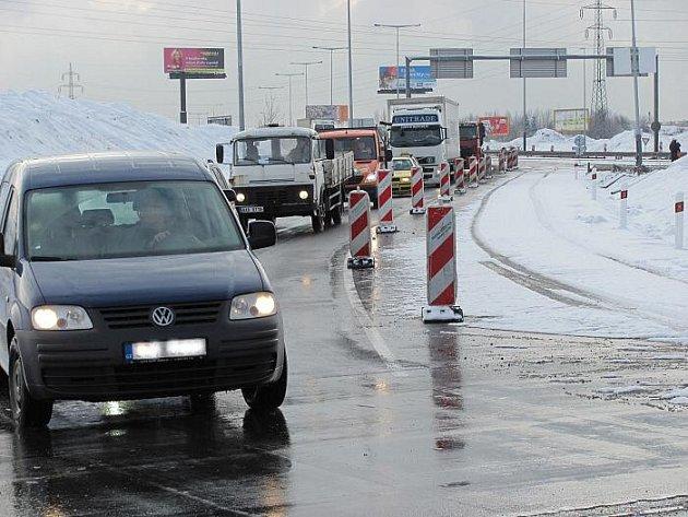Stavba okružní křižovatky v Letňanech začala v pondělí 24. ledna.