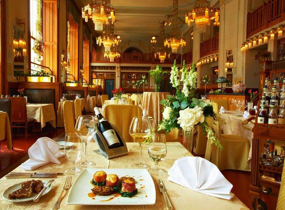 Restaurace Art Nouveau v Obecním domě.