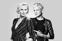 Iva Pazderková a Adéla Elbel v sobotu vysílají svojí improvizační talkshow Rozchody stylově.