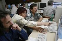 Řešením k snadnějšímu hledání zaměstnání může být rekvalifikační kurz.
